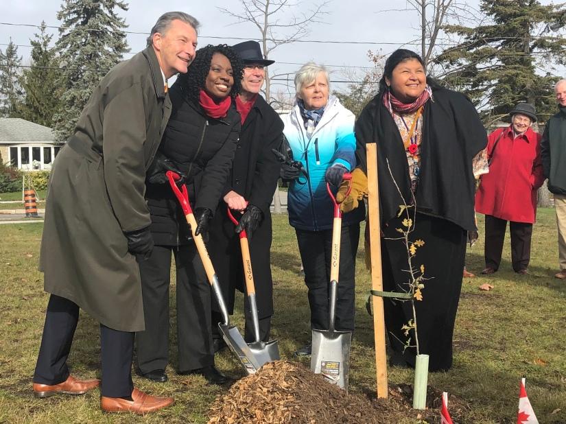 Vimy Oaks – Living Memorial TreePlanting